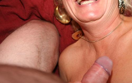 närliggande eskort muntligt med kondom